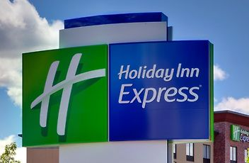 Hotels in West Bronx New York